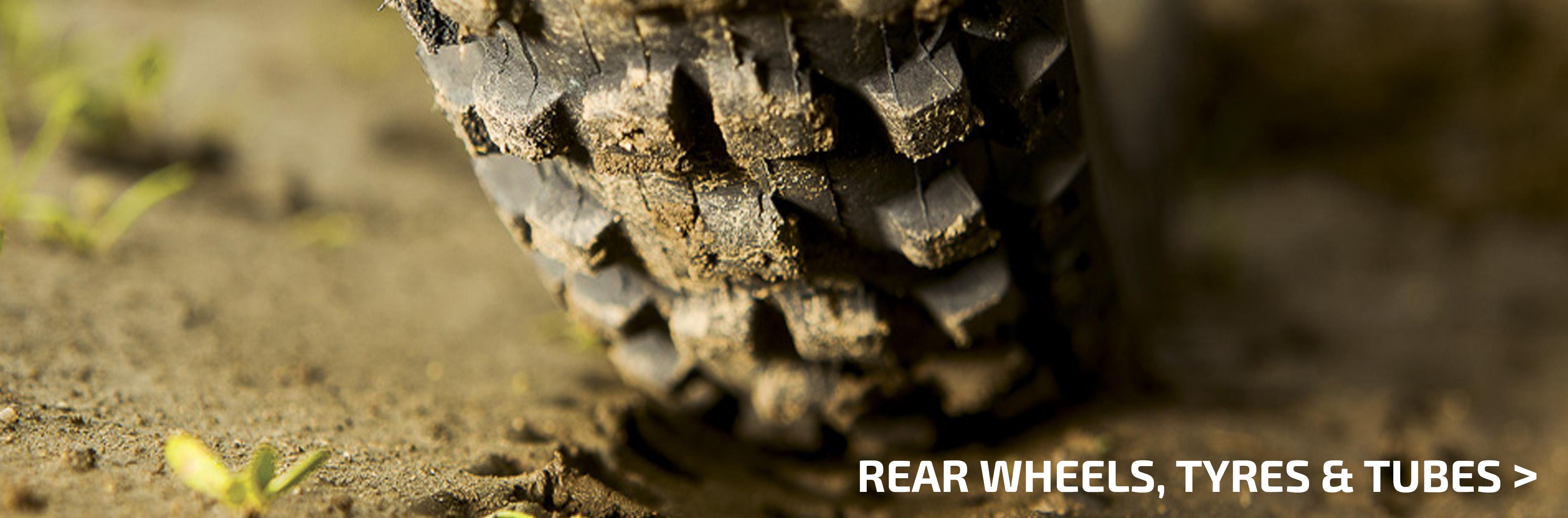 Rear wheels, tyres, tubes